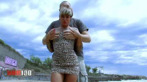 Punk-Lady erlebt echten Hardcore-Sex photo 1