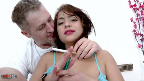 Naughty junge Latina chubby Arschfick ...photo 2