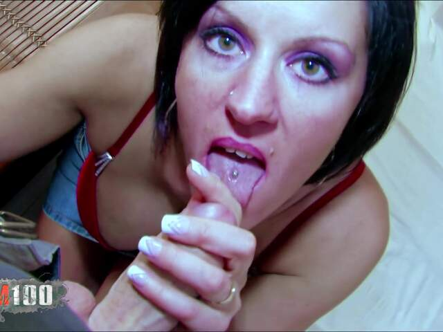 Porn video :   Julina Wild Terry photo 02
