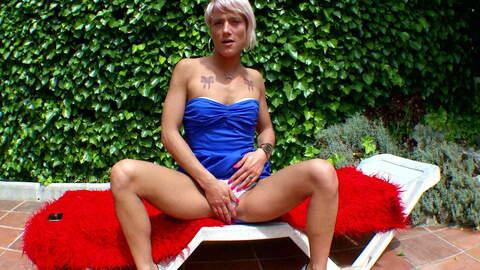 Nicky Wayne Webcam Outphoto 1