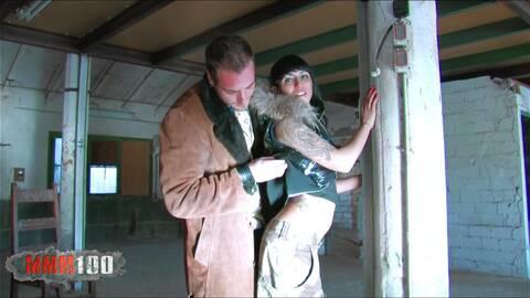 Überlegungen beim Kondome-Kauf photo 1