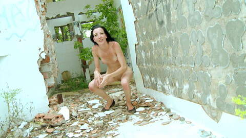 Tania Kiss outdoor peeing photo 1