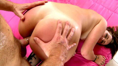 First Female ejaculation of Zoe DOLL photo 3